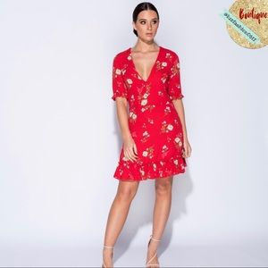 Dresses & Skirts - 🌹NEW ARRIVAL! Red Floral Print Dress